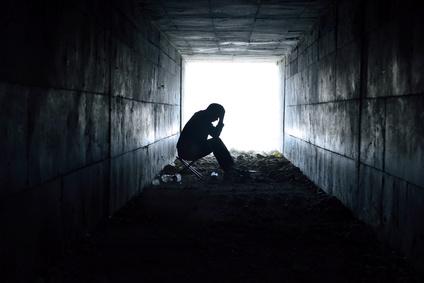 暗闇のトンネル