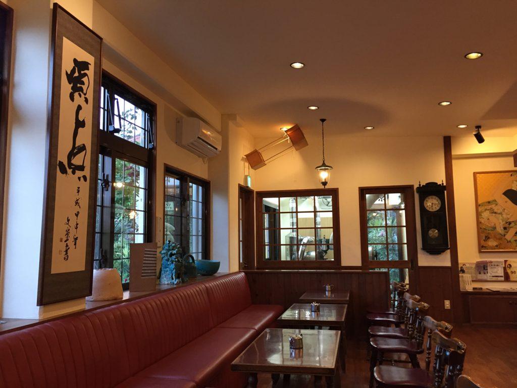 好きなカフェの店内